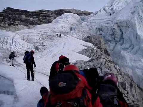 World Travel : Trip 090 : Nepal, Island Peak Trek : Days leading up to 6189m/20275ft Summit Attempt