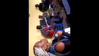 Tamara Nzage e Banda Movimento (Kamba dyame)