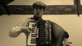 Ku Praze uhání vlak - akordeon cover