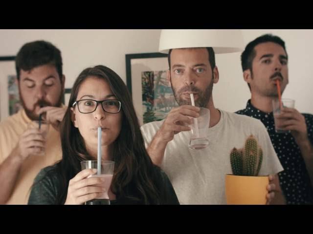 Videoclip ''Grimas y Meriendas'' de Detergente Líquido.