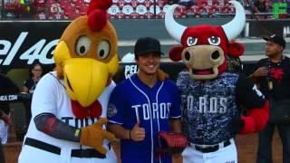 Carlos Yorvick saca su espíritu beisbolero