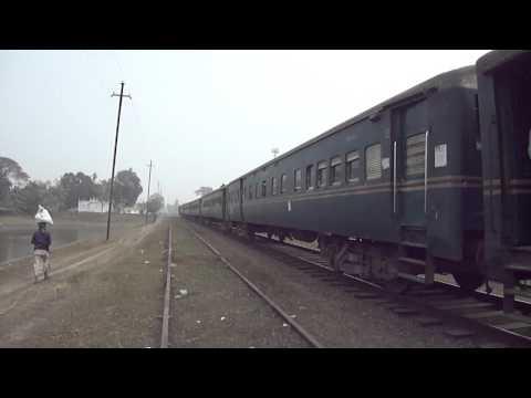 Bangladesh Railway 26 down Nakshikantha Mail Train is going to Rajbari Station.MP4