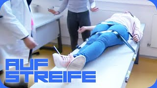 Drogenexperiment an Schule | Auf Streife | SAT.1 TV