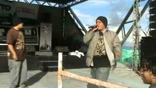 PARIA QUITEÑA - la calle esta que kema (2011) en vivo