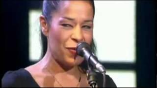 Molly Johnson  Lucky (Live in Paris)