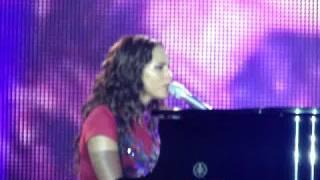 Alicia Keys - Diary (live)