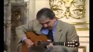 Aníbal Fernández....Jefe de gabinete y  muy buen guitarrista...