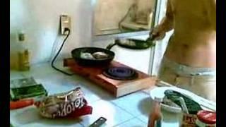 Cocinando en el depa