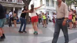 Salsa on the street in La Habana, Cuba