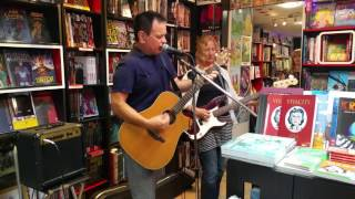The Wedding Present at Daves Comics Brighton 9th July 2016 Favourite Dress