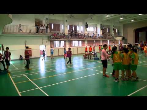 2015中正盃毽球賽-小五女團-實踐國小vs興德國小.mp4 - YouTube