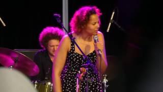 Rhiannon Giddens 2017-04-14 She's Got You at Byron Bay Bluesfest