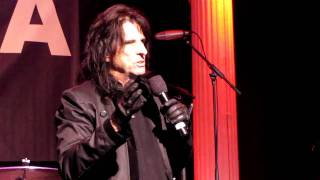 Alice Cooper talking about Frank Zappa
