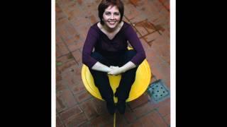 Laura Canoura - Una mujer felíz