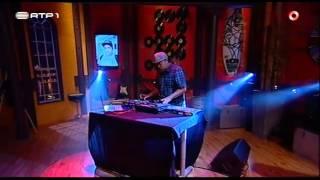 "Stereossauro ""Menina dos olhos tristes"" - Nuno Markl – 5 Para a Meia Noite"