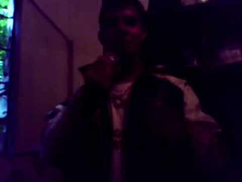 Triangulo De Amor de El Agite Cumbiero Letra y Video