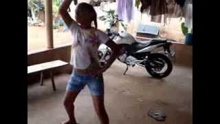 ANA LAURA 9 ANOS DANÇANDO (SHOW DAS PODEROSAS) dança de mais...