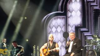 Robbie Williams feat Peter Williams (his father) - Better Man (live Zénith Paris 30/03/15)
