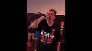 Duki - She Don't Give a FO ft. Khea (En vivo en Uruguay)