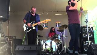 Through The Looking Glass 'Shockwaves' Live at LOCOFEST in Toowoomba 25/01/15