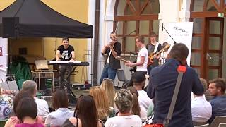 Marco Cano & Cover Paradise | SCARED TO BE LONELY (Live at Fashion Show of Beach Summer)