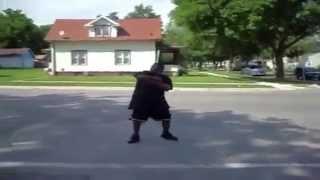 [WAD]HD™ - Ezért ne táncoljunk az út közepén