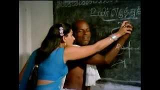 Mundhanai Mudichu - Deepa Takes Literacy Class for Elders