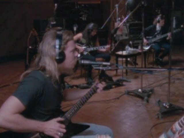 "Vídeo oficial de ""Nothing else matters"" de Metallica"