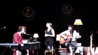 Tan Guapa-La Oreja de Van Gogh-Xabi cantando por primera vez.Concierto Kursaal Donostia 21/01/17