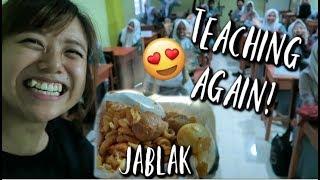 Indonesian High School Canteen Food   Japlak & Tahu Bulat Taste Test!
