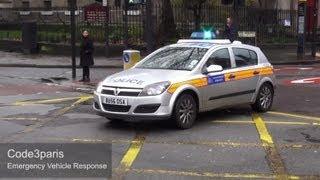 London Metropolitan Police Car - Classic Blues and Twos!