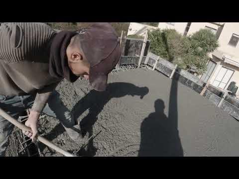 """סרטון: בניית ממ""""ד בבית פרטי בעומר"""