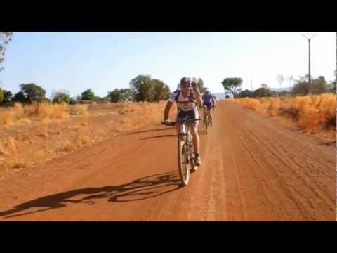 Fietsen (cycling) in Bénin (Western Africa) with Bike Dreams
