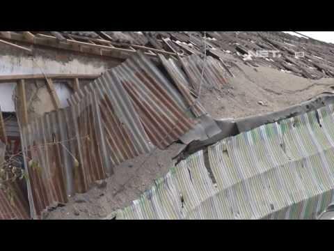 Download Video NET17-Warga Kediri Butuh Bantuan Genteng Untuk Perbaiki Rumah