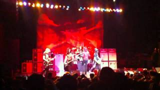 Slash - Communication Breakdown (live) @ The Warfield