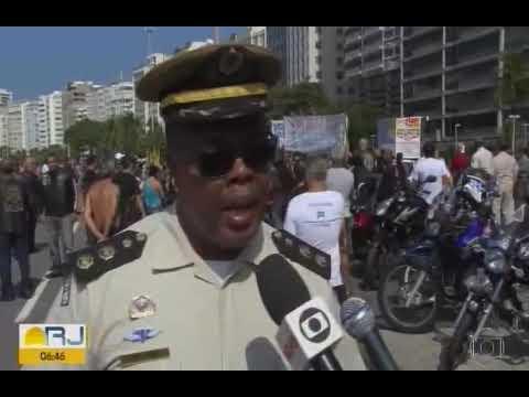 """Campanha """"Cerol Mata"""" - Protesto em Copacabana"""