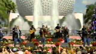nsync - merry christmas happy holidays live (1998 disney xmas parade).mpeg