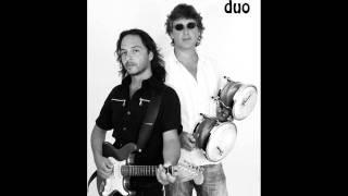 DUO TUMBAO-ROCK DEL GATO (COVERS) RATONES PARANOICOS.wmv