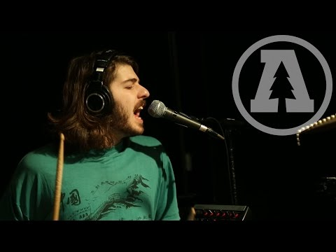 the-districts-4th-and-roebling-audiotree-live-3-of-5-audiotreetv