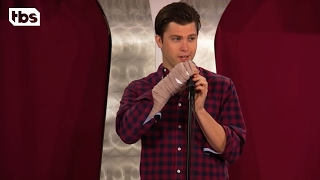 Chicago - Comedy Cuts - Colin Jost - Broken Hand | Just for Laughs | TBS