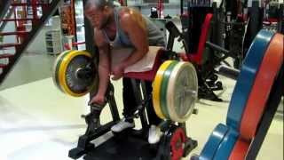 BICIPES IN CURLING MACHINE AT SUPERGYM MONTIJO