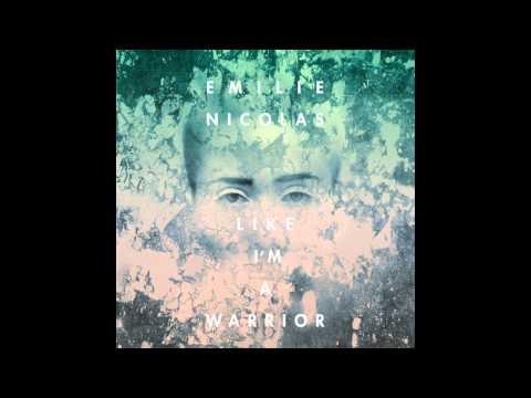 emilie-nicolas-fail-renyahimself