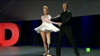 Una pierna biónica ayuda a Adrianne a bailar tras los atentados de Boston
