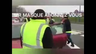 LA PLUS VIOLENTE BAGARRE ENTRE UN GILET JAUNE ET UN AUTOMOBILISTE #NOFAKE
