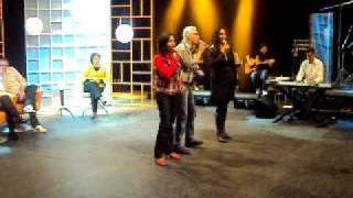 Ricardo Sá, Salette Ferreira e Eliana Ribeiro cantam 30 anos de história da Rádio Canção Nova