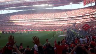 Benfica vs Nacional bailando festa do Tri campeonato