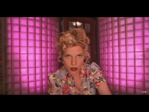 tanya-donelly-the-bright-light-official-video-4ad
