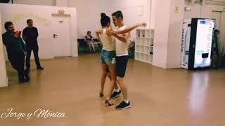 Jorge y Mónica - Bachata Sensual - That Way (Dj Tronky)