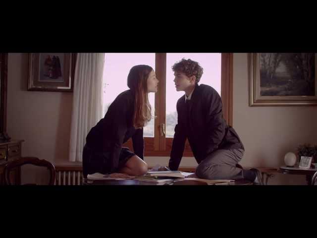 """Videoclip oficial de """"L'OS"""" de La iaia."""