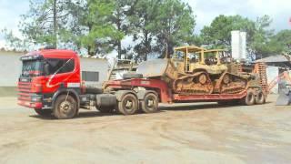 transportando maquinas pesadas